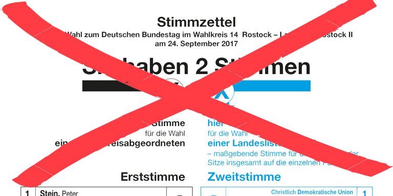Ein ungültig gemachter, durchgestrichener Wahlzettel zur Bundestagswahl 2017
